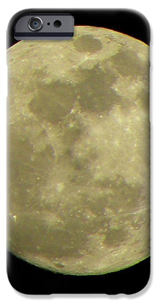 Super Moon March 19 2011 iPhone Case by Sandi OReilly