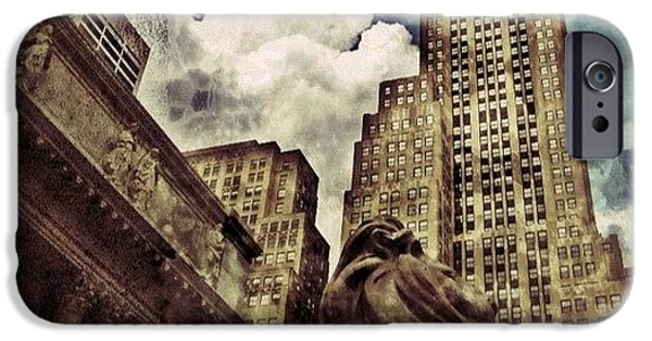 The Resting Lion - Nyc iPhone Case by Joel Lopez