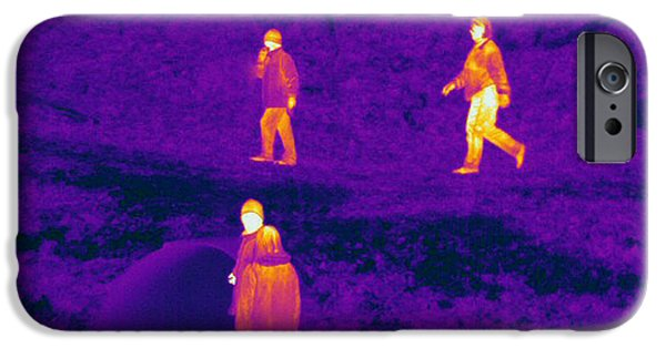 Electromagnetic Spectrum iPhone Cases - Thermogram Of People Walking iPhone Case by Ted Kinsman