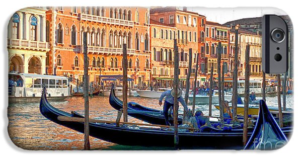 Venetian Canals iPhone Cases - Venice Canalozzo Illuminated iPhone Case by Heiko Koehrer-Wagner