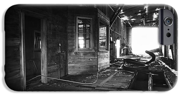 Historic Site iPhone Cases - Abandoned Grain Elevator Drive Through iPhone Case by Donald  Erickson