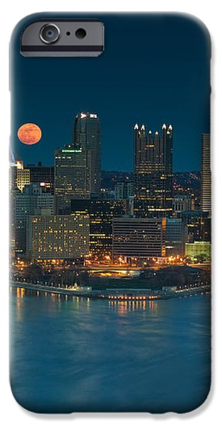 2011 Supermoon over Pittsburgh iPhone Case by Jennifer Grover