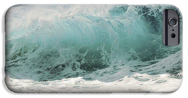 Break Fast iPhone Cases - North Shore Wave iPhone Case by Vince Cavataio - Printscapes