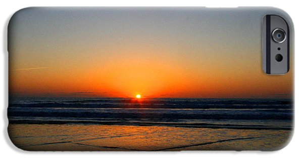 Waterscape Mixed Media iPhone Cases - Ocean sunrise sunset iPhone Case by W Gilroy