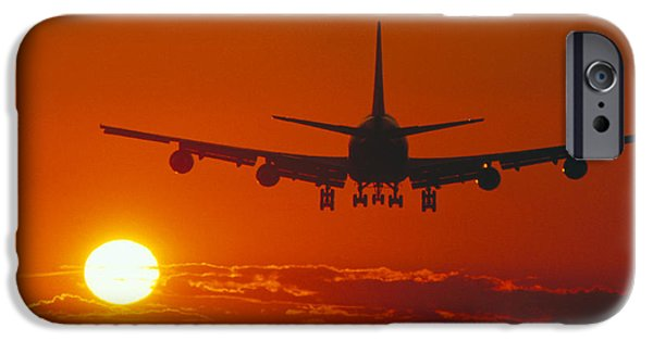 Boeing 747 iPhone Cases - Boeing 747 iPhone Case by David Nunuk