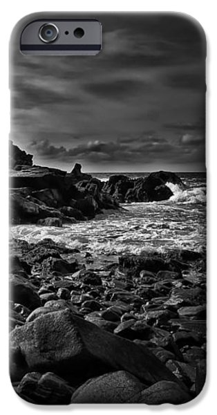 Coastal Home  Kennebunkport Maine iPhone Case by Bob Orsillo
