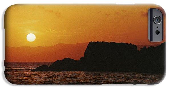 Whitsunday iPhone Cases - Dent Island Sunset iPhone Case by Vicki Ferrari