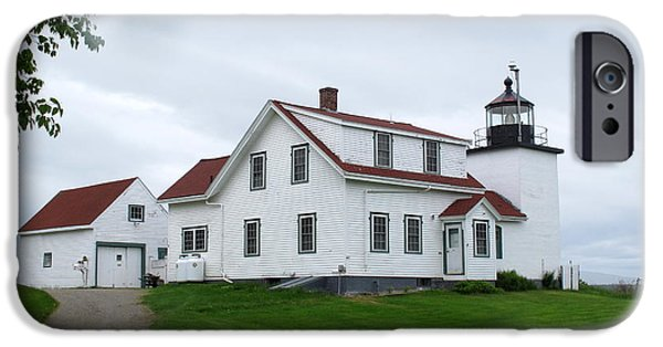 Historic Site iPhone Cases - Fort Point Lighthouse iPhone Case by Cindy Kellogg