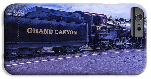 Grand Canyon iPhone Cases - Grand Canyon Engine 539 Train iPhone Case by Garry Gay