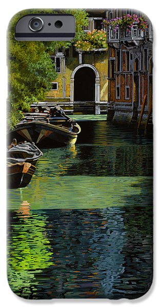Venice iPhone Cases - il palo rosso a Venezia iPhone Case by Guido Borelli
