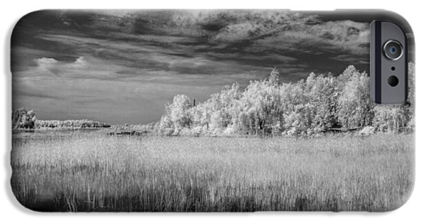 Old Barns iPhone Cases - IR Bay 2 iPhone Case by David Heilman