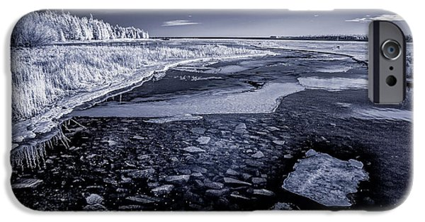Old Barns iPhone Cases - IR Bay 3 iPhone Case by David Heilman