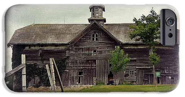 United States iPhone Cases - Majestic Barn in the Midwest iPhone Case by Toni Abdnour