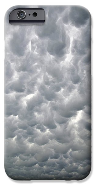Nebraska iPhone Cases - Mammatus Going Vertical iPhone Case by Ray Mathis
