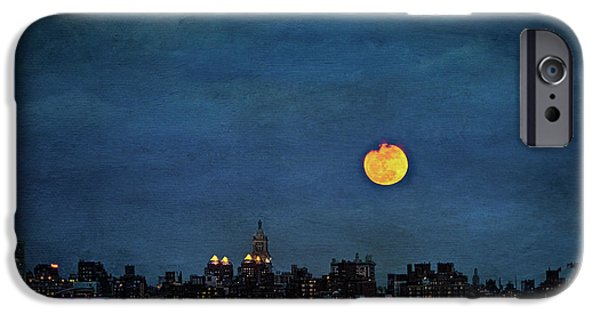 Hudson River Digital iPhone Cases - Manhattan Moonrise iPhone Case by Chris Lord