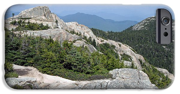 Mt Chocorua iPhone Cases - Mt Chocorua New Hampshire iPhone Case by Steve  Gass