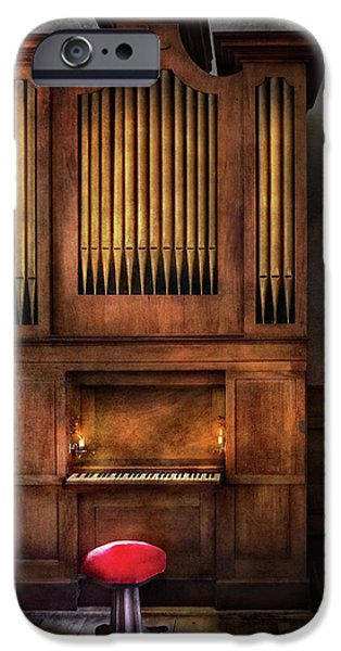 Music - Organist - What a big organ you have  iPhone Case by Mike Savad