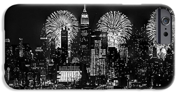 4th July Photographs iPhone Cases - NYC July 4th Fireworks Black and White iPhone Case by Regina Geoghan