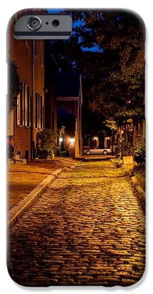American Independance Photographs iPhone Cases - Olde town Philly Alley iPhone Case by Mark Dodd