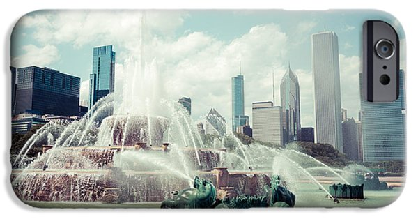 Chicago iPhone Cases - Picture of Buckingham Fountain with Chicago Skyline iPhone Case by Paul Velgos