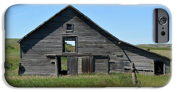 Old Barns iPhone Cases - Sharples Stable iPhone Case by Ed Mosier