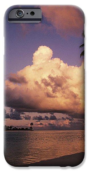 Tetiaroa iPhone Case by Larry Dale Gordon - Printscapes