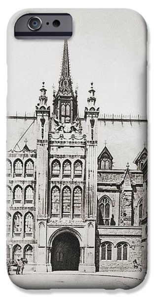 Guild iPhone Cases - The Guildhall, London, England In The iPhone Case by Ken Welsh