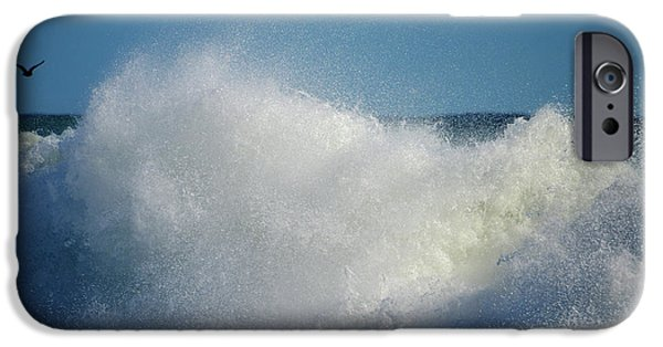 Harbor Sesuit Harbor iPhone Cases - Wet and Wild iPhone Case by Dianne Cowen