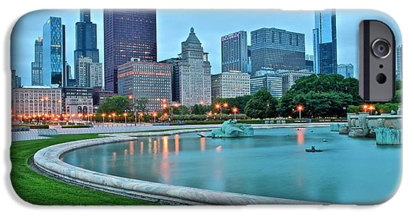 Wrigley iPhone Cases - Windy City Fountain iPhone Case by Frozen in Time Fine Art Photography