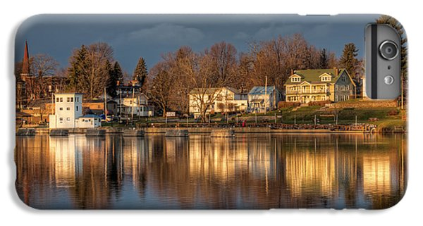 Reflection Of A Village - Phoenix Ny IPhone 6 Plus Case by Everet Regal