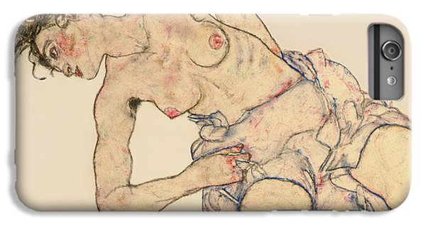 Kneider Weiblicher Halbakt IPhone 6 Plus Case by Egon Schiele