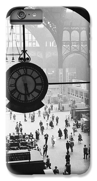 Penn Station Clock IPhone 6 Plus Case by Van D Bucher and Photo Researchers
