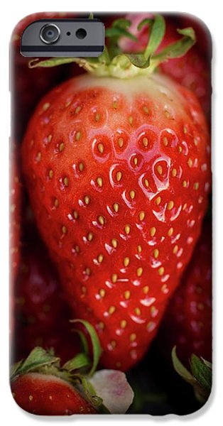 Gariguette Strawberries IPhone 6s Case by Aberration Films Ltd