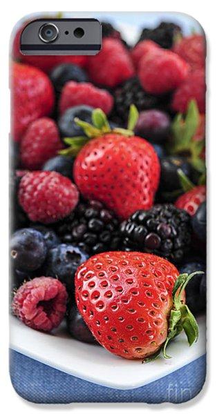 Assorted Fresh Berries IPhone 6s Case by Elena Elisseeva