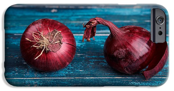Red Onions IPhone 6s Case by Nailia Schwarz