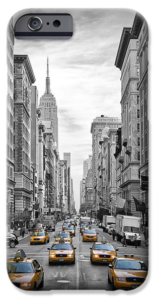 5th Avenue Yellow Cabs IPhone 6s Case by Melanie Viola