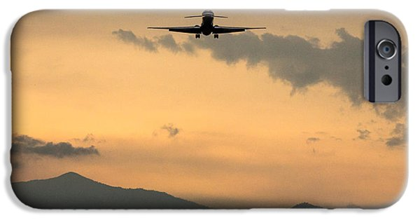 American Airlines Approach IPhone Case by John Daly