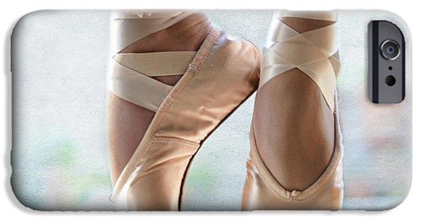 Ballet En Pointe IPhone Case by Laura Fasulo