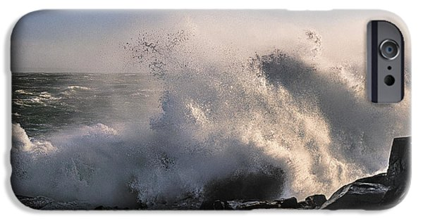 Crashing Surf IPhone 6s Case by Marty Saccone