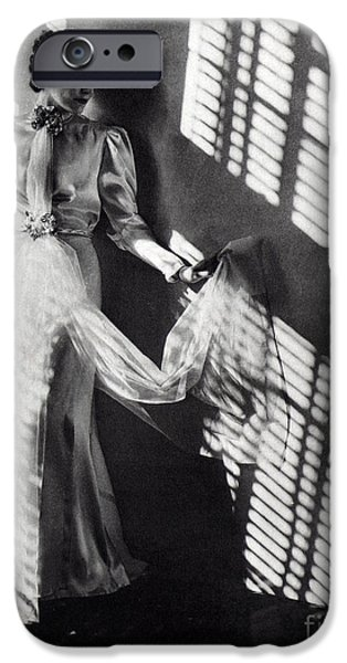 Fashion Model, 1937 IPhone Case by Science Source