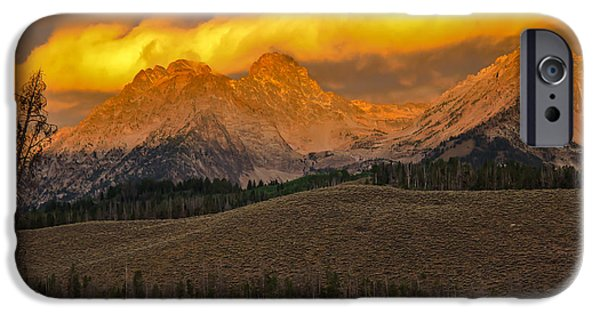 Glowing Sawtooth Mountains IPhone Case by Robert Bales