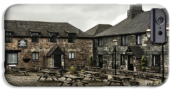 Jamaica Inn. IPhone Case by Linsey Williams