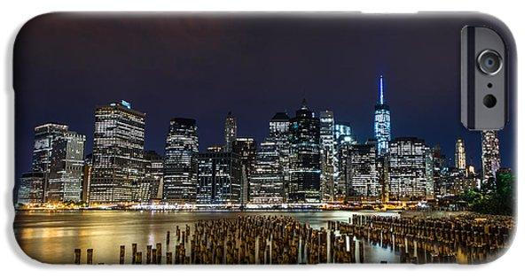 Manhattan Skyline - New York - Usa IPhone 6s Case by Larry Marshall