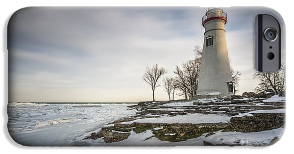 Marblehead Lighthouse Winter IPhone 6s Case by James Dean