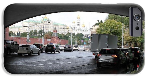 Moscow Kremlin Seen Through The Archway Of Greater Stone Bridge In Moscow I IPhone 6s Case by Anna Yurasovsky