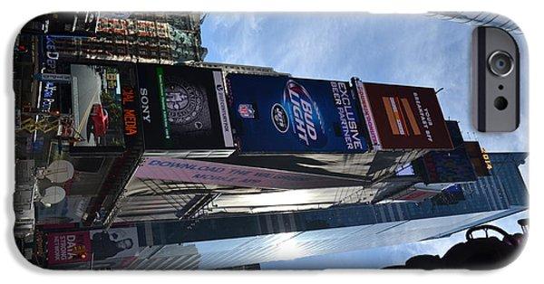 New York City IPhone Case by Robert Daniels