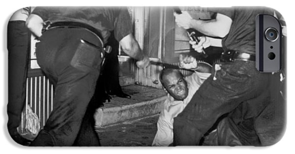 Protester Clubbed In Harlem IPhone 6s Case by Underwood Archives