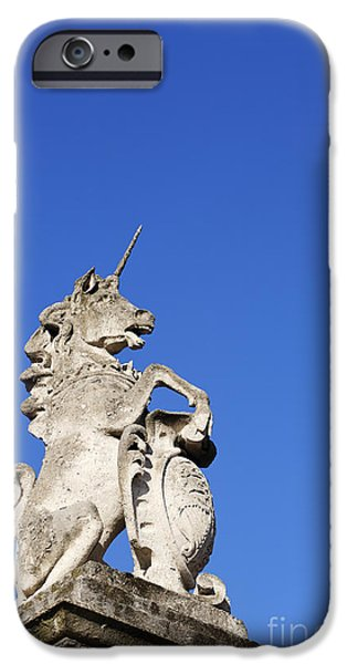 Statue Of A Unicorn On The Walls Of Buckingham Palace In London England IPhone 6s Case by Robert Preston