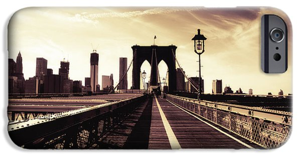 The Brooklyn Bridge - New York City IPhone 6s Case by Vivienne Gucwa