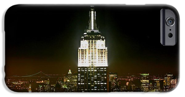The Empire State Building IPhone Case by Linda Unger